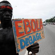 Эпидемия лихорадки Эбола в Африке пошла на спад